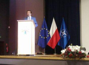 Obchody Święta Niepodległości w Zegrzu. Senator Jan Żaryn odwiedził Centrum Szkolenia Łączności i Informatyki