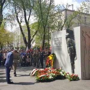 Nareszcie Warszawa ma pomnik rotmistrza Pileckiego