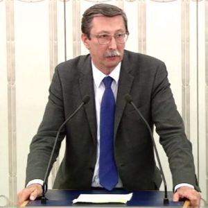 Profesor Jan Żaryn o obniżce uposażeń poselskich i senatorskich